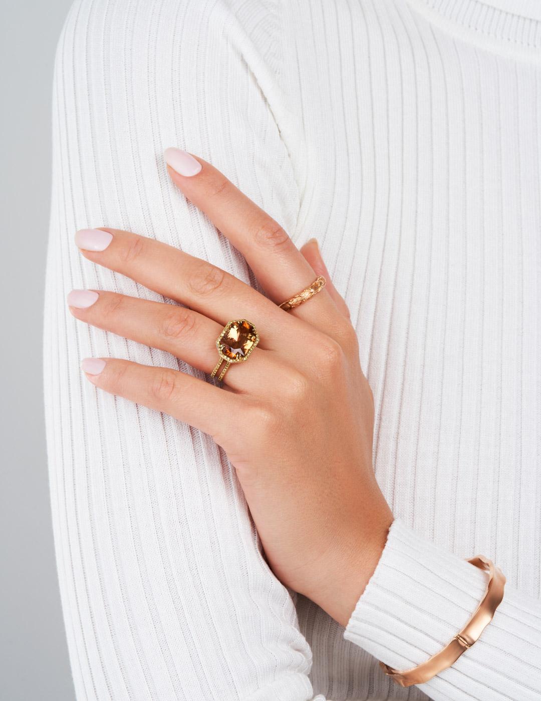 mish_jewelry_product_Bond-Bow-Bangle-2