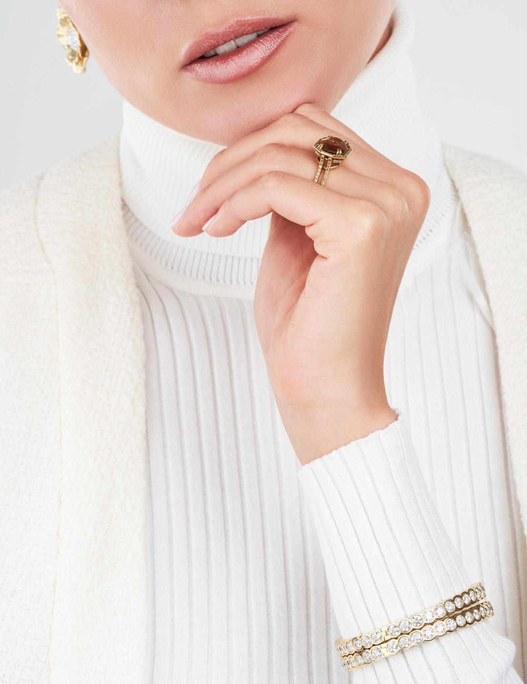 mish_jewelry_product_Elizabeth-Bangle-4