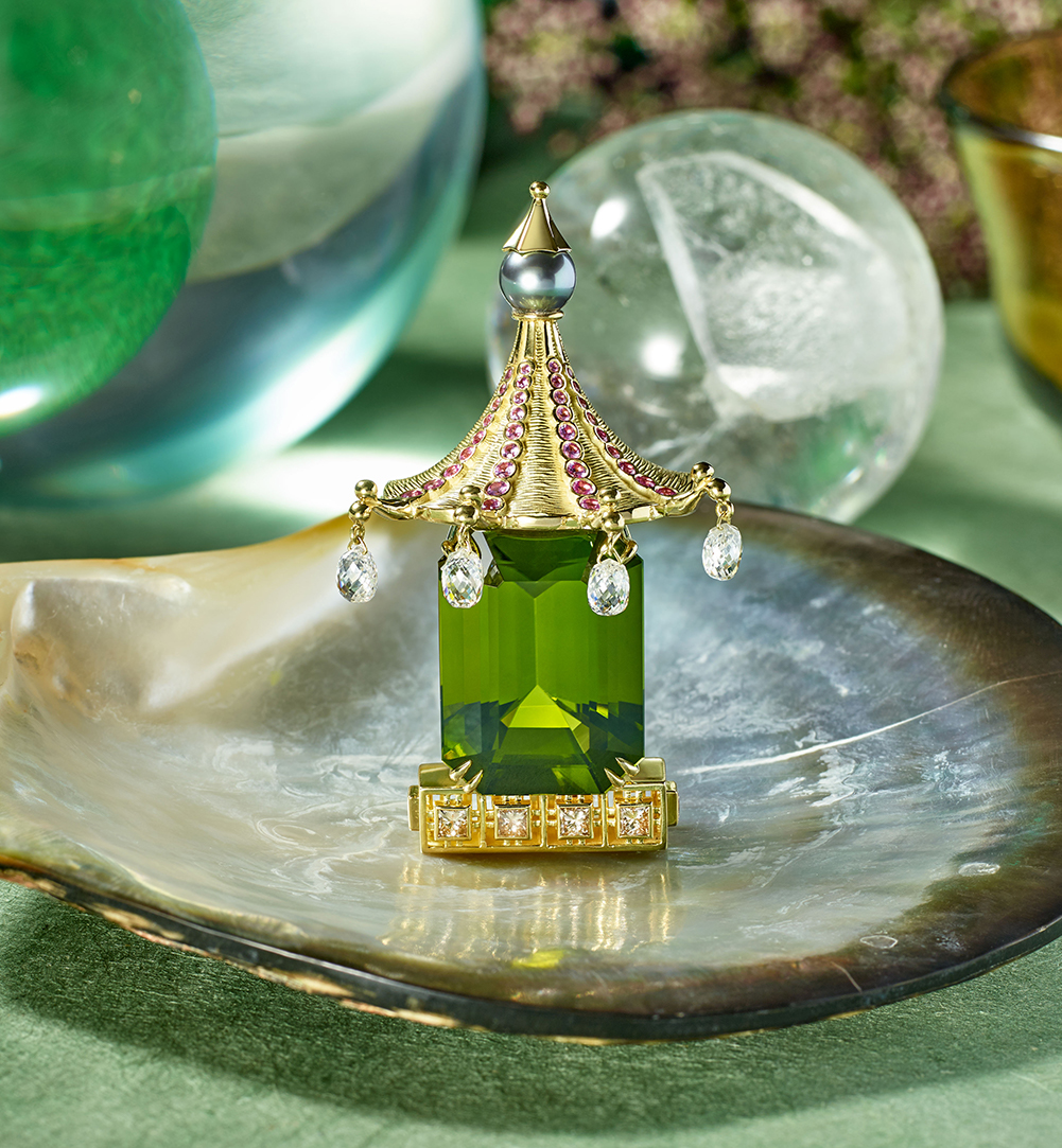 mish_jewelry_products_Chinoise-Brch-Peridot-Editorial-1