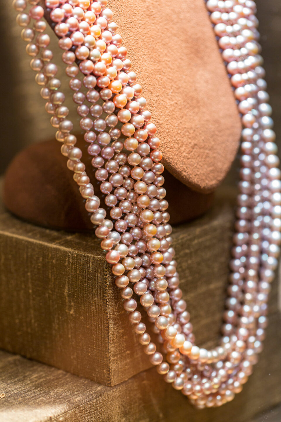 mish_necklaces_Pink-Pearl-MultiStrnd-NK-Editorial-1