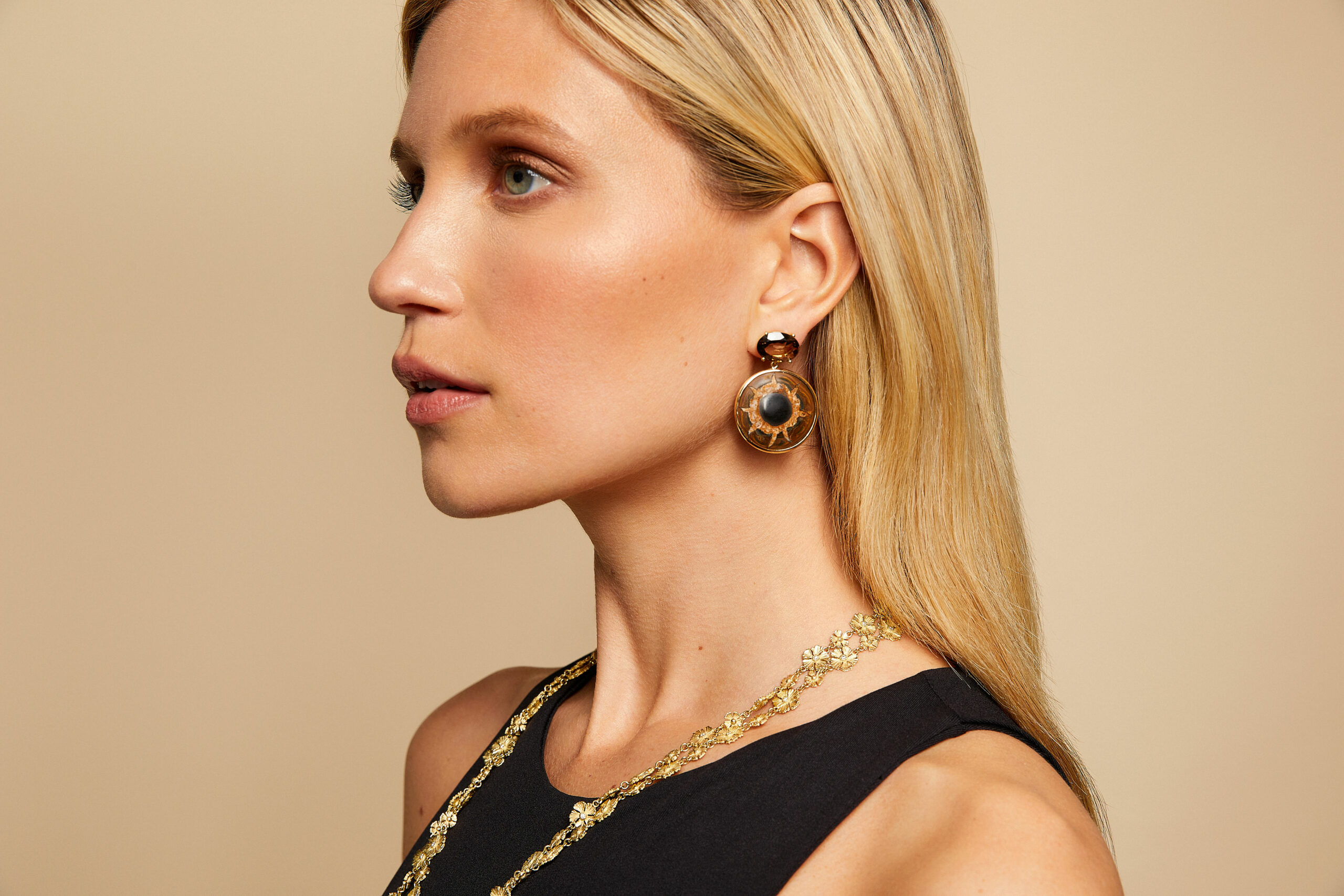 mish_necklaces_StrawFlwr-Classic 42-NK-Editorial-1
