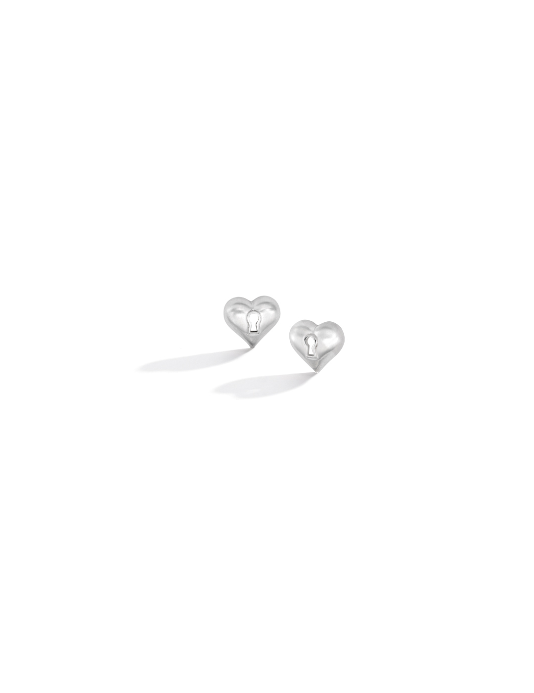 mish_products_earrings_Key-To-My-Heart-StudER-WG-1