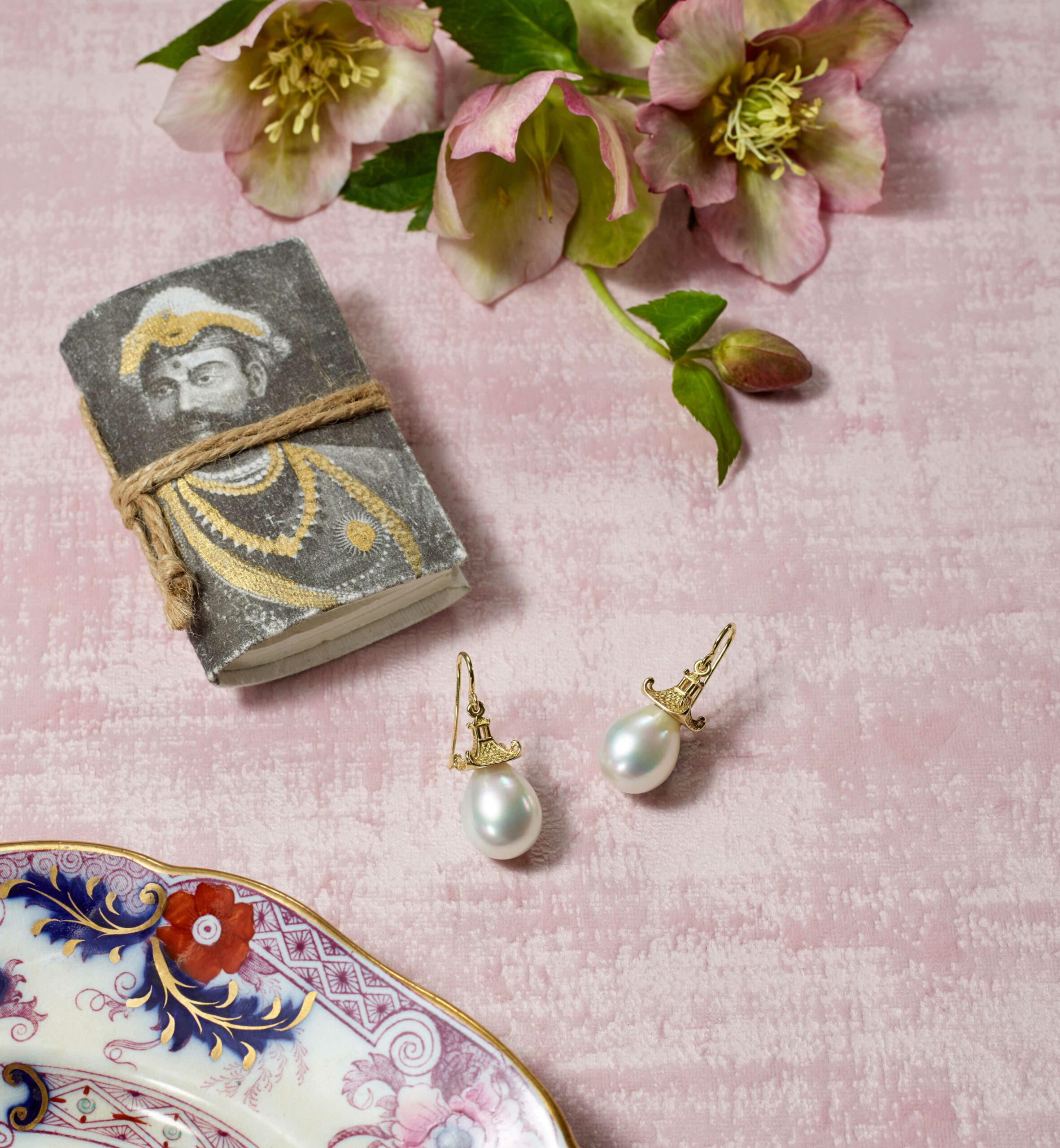 mish_products_earrings_Pagoda-White-SS-Prl-Editorial-1