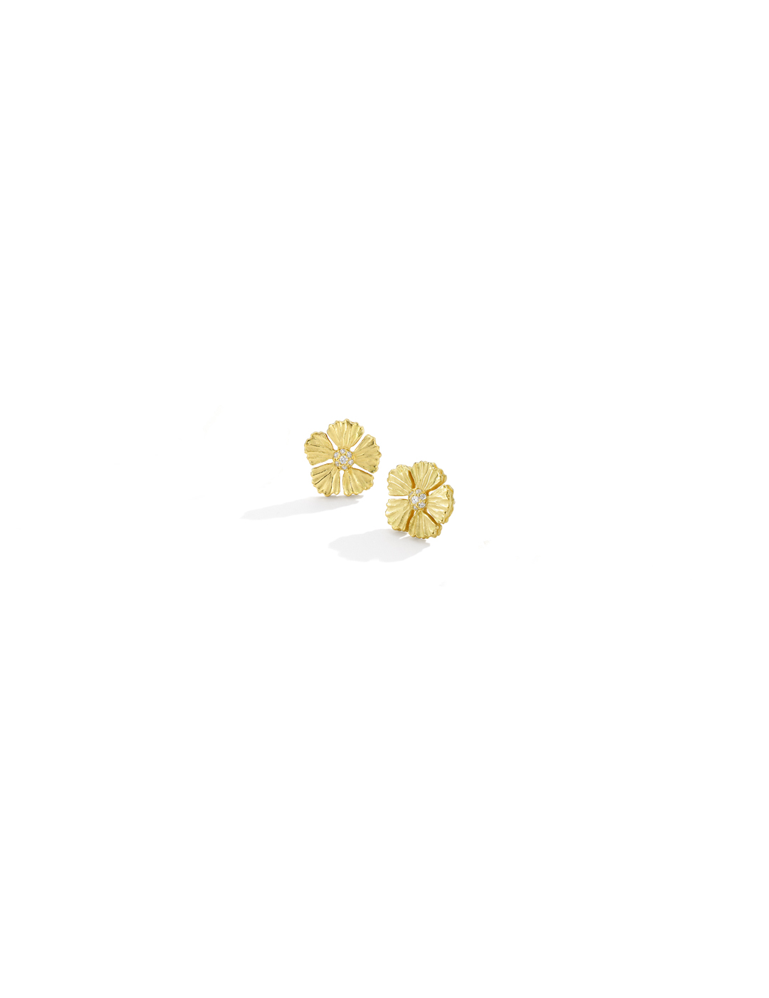 mish_products_earrings_StrawFlwr-Med Diam-Stud-ER-1