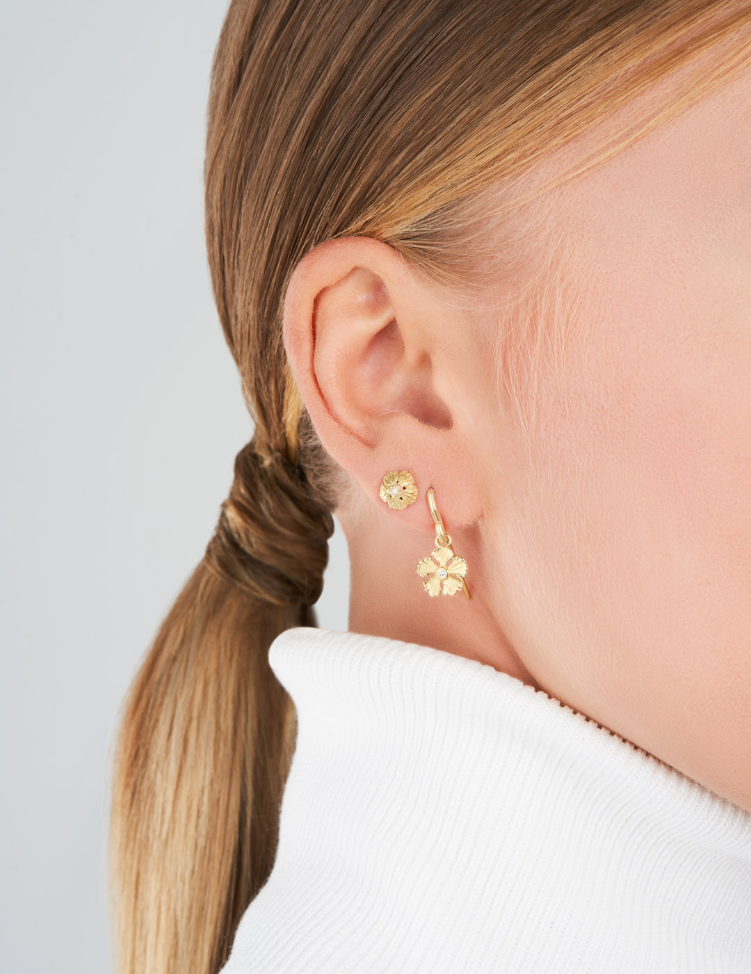 mish_products_earrings_StrawFlwr-Tiny Pave Dome-Stud-ER-2